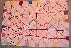 Fem línies unint gomets (quadrícula) i diagonals.