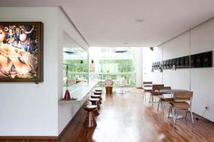 Architect Pedro Useche's Home : A Shelter for his Art