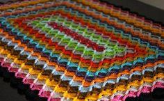 Вы что-нибудь слышали обаварской вязке? Явот тоже узнала оней совсем недавно. Оказывается спомощью этой простой техники вязания можно творить очень красивые вещи. Предлагаю сегодня связать интересный геометрический прямоугольный...
