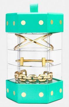 Loving this @BaubleBar bangle gift set http://rstyle.me/n/kh24nnyg6