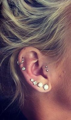 middle cartilage piercing