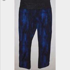 Lululemon Pace Pusher Crop Like New Lululemon Pace Pusher Crop, Size 6, Nightsky Harbor Blue Black/Black. lululemon athletica Pants Ankle & Cropped