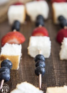 These red white and blue angel food cake kebabs are only 4 ingredients, and a fun and delicious way to celebrate the Fourth of July! It's almost the 4th of July, are you doing anything fun to celebrate this year? I hope you'll at least be barbecuing up some delicious food, with lots of yummy...Read More »