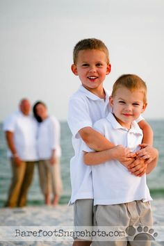 Family Beach Picture Ideas | repin like comment family beach photo ideas sun shots com