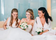 Fine art Wedding by Daniela Porwol Photography, Vienna, Bridesmaids, Maids of Honor, Photoshoot, Posing Ideas Bridesmaids, Bridesmaid Dresses, Wedding Dresses, Posing Ideas, Maid Of Honor, Vienna, Photoshoot, Poses, Fine Art