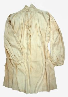 Colonel William Ledyard's Linen Shirt, about 1781. A puncture hole on Ledyard's linen shirt matches that in the vest. The absence of discoloration on shirt and vest is attributed to a thorough bleaching of the clothing in the 19th century – Connecticut Historical Society - See more at: http://connecticuthistory.org/blood-on-the-hill-the-battle-of-groton-heights-september-6-1781/#sthash.xnJkM0B8.dpuf