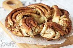 Estonian Kringle - Cinnamon Braid Bread :: Home Cooking Adventure