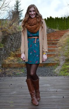 40 Floral Outfits for Winter: Knitted Cardigan + Floral Dress + Black Tights + Leather Riding Boots