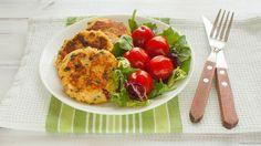 Kotlety z kaszy kuskus i sera z dodatkiem suszonych pomidorów i natki pietruszki