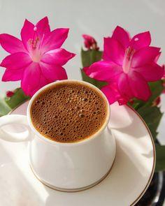 Sweet Coffee, I Love Coffee, Good Morning Coffee, Coffee Break, Coffee Cafe, Coffee Drinks, Beautiful Flowers Wallpapers, Coffee Corner, Flower Tea