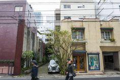 Favorite neighborhood: Aoyama. When it's nouveau French cuisine they seek, Aoyama is where locals go.