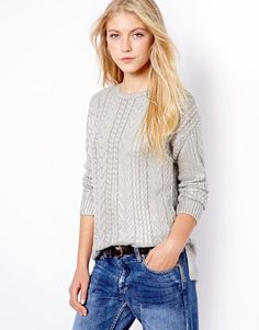 Cable knit jumper with boyfriend jeans!