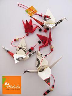 Diseñamos objetos bajo la técnica de origami. Nuestras líneas de productos se caracterizan por ser coloridas, innovadoras y alegres. La Lí...