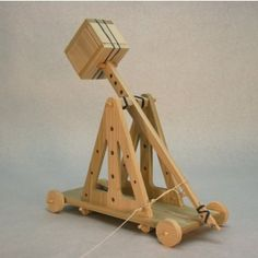 Ultimate Science Project Catapult  • Demonstrates the storage and conversion of potential energy to kinetic energy through levers  • Optional wheels included  • 10 to 40 feet range depending on configuration, projectile choice, etc
