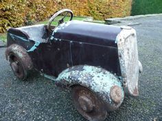 """1950s Vintage Tri-ang """"FORTY"""" Pedal Car Antique Toys, Vintage Toys, Soap Box Cars, Kids Bicycle, Bicycle Pedals, Weird Cars, Kids Ride On, Pedal Cars, Vintage Motorcycles"""