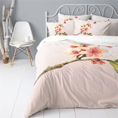 Cinderella Lois dekbedovertrek - www.smulderstextiel.nl - #lentebloem #spring #bedding #overtrek #slaapkamer #sheets #beddengoed #lente