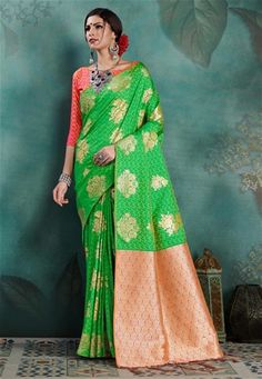#green #salwar #kameez dupatta mostly liked by #fair #girls or #womens, #Pakistani #loves to wear green suits, #Nikvik.com is the best seller of green #suits and pakistani #dresses Latest Indian Saree, Indian Sarees Online, Silk Sarees Online, Parrot Green Saree, Buy Designer Sarees Online, Casual Saree, Art Silk Sarees, Traditional Sarees, Green Fashion