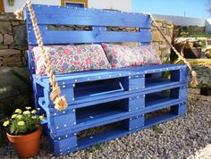 Beautiful garden bench♥ pallet reposed