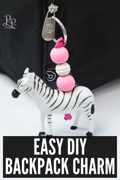 DIY Animal Charms - Fun Way To Personalize Kids' Bags - - Back to school personalized backpack with this DIY Backpack charm! Easy to make and safer than putting your… Animal Crafts For Kids, Easy Crafts For Kids, Diy For Kids, Backpack Keychains, Backpack Tags, School Backpack Organization, Diy Rucksack, Bible School Crafts, Personalized Backpack