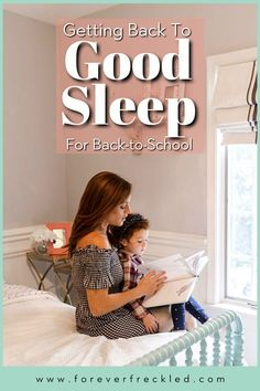 Sleep and bedtime routines are more important than ever in creating a sense of balance in your household when kids are getting back into the routine of school. Figuring out healthy sleep solutions is so important for your kids – and for your own sanity! Natural Parenting, Parenting Advice, Homeschool Kindergarten, Preschool, Sleep Forever, All About Mom, Sleep Solutions, Positive Body Image, Healthy Sleep
