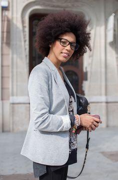 Street Style. Gafas y pelo. Barcelona, tendencias.