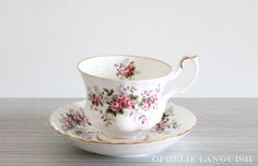 Vintage White Shabby Chic Royal Albert Lavender Rose Tea Cup and Saucer with Pink Rose Floral Motif in the Montrose Style - Made in England Lavender Roses, China Patterns, Royal Albert, Floral Motif, Cottage Chic, How To Run Longer, Bone China, Cup And Saucer, Tea Party