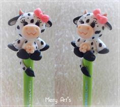 Clay Pen, Gum Paste Flowers, Polymer Clay Animals, Fondant Toppers, Pasta Flexible, Clay Tutorials, Flower Tutorial, Food Art, Biscuits