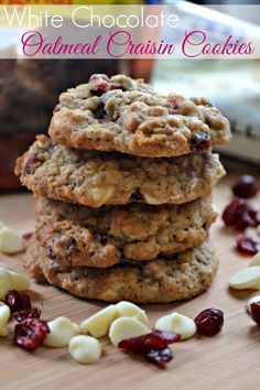 White chocolate oatmeal raisin cookies recipe, a delicious spin on the classic oatmeal craisin cookies. Oatmeal Craisin Cookies, Chocolate Oatmeal Cookies, Oatmeal Cookie Recipes, Chocolate Chocolate, Just Desserts, Delicious Desserts, Dessert Recipes, Light Desserts, Dessert Ideas