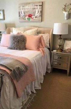 Inspiring Teen Bedroom Ideas You Will Love ★ Cosy, traditional and vintage decorating ideas for a teenage girls bedroom. Inspiration for decorating on a budget and some easy DIY tips bedroom ideas Teenage Girl Bedroom Designs, Teenage Girl Bedrooms, Teen Bedroom, Bedroom Sets, Teen Bedding, Bedding Sets, Modern Bedroom, Comforter, Bedroom Furniture