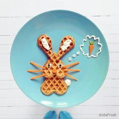 Waffle bunny! Food art by Ida Frosk on Instagram.