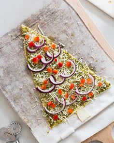 pesto pizza christmas tree!