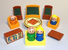 Little People Fisher Price Toys, Vintage Fisher Price, Old School Toys, School Fun, Vintage Games, Vintage Toys, Vintage Stuff, Childhood Toys, Childhood Memories