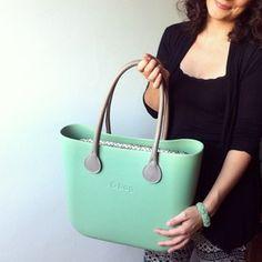 green o bag fullspot Mode Outfits, Bago, Michael Kors Jet Set, Fashion Bags, Purses And Bags, Oclock, Tote Bag, Nice Things, My Style