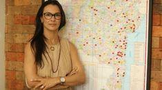 Mônica Burgos começou vendendo de porta em porta e hoje comanda a Avatim, com 58 lojas pelo país