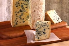 Bayley Hazen from Jasper Hill. A drier blue cheese with a woody rind. It's not too sweet but still dense and fudgy. The Stinky Bklyn batch tasted smokey and buttery. German Cheese, English Cheese, Dutch Cheese, French Cheese, Italian Cheese, Tostadas, Connecticut, Queso Cheese, Pear Salad