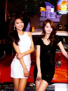 Sooyoung and Yoona SNSD - Las Vegas
