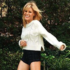 Julie Bowen is proud of her legs (and she should be! Find out how she does it in this interview. : Julie Bowen is proud of her legs (and she should be! Find out how she does it in this interview. Cute Celebrities, Celebs, Beautiful Old Woman, Beautiful Ladies, Julie Bowen, Fashion Tips For Women, Fashion Ideas, Modern Family, Boudoir Photography