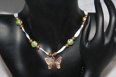 Schmetterlingskette von Feekollektion auf DaWanda.com