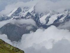 Pictures, report and film about #Matterhorn Ultraks Trail in #Switzerland: http://laufspass.com/laufberichte/2013/matterhorn-ultraks-2013.htm