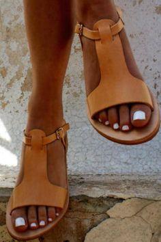 CASSANDRA sandals / Greek leather sandals for women / Roman sandals / Ancient Greek sandal / Leather sandals for women / Natural color leather sandals Leather Gladiator Sandals, Flat Sandals, Stylish Sandals, Sandals Platform, Comfortable Sandals, Leather Flats, Roman Sandals, Summer Flats, Ancient Greek Sandals