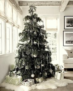 What a wonderful mood we have to celebrate the season and to #decorate homes by #Nordic spirit!