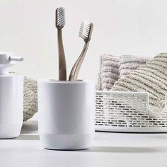 Buy Zone Denmark Suii Toothbrush Mug Now at Dotmaison. Quality designer homewares & Free UK delivery over Japanese Minimalism, Soap Dispensers, Bathroom Collections, Toilet Brush, Danish Design, Denmark, Taupe, Dish