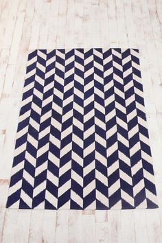 navy graphic and not wool!  Just what I've been looking for