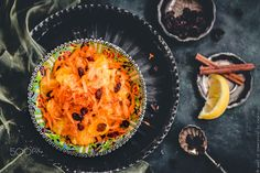 Orange and carrot with raisins - ...flavored with cinnamon and lemon juice. Arabic cuisine.
