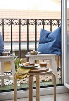 Colazione su un piccolo balcone - IKEA