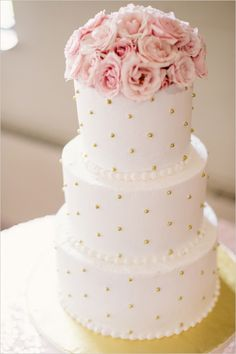 #goldandpinkcake #weddingcake @weddingchicks