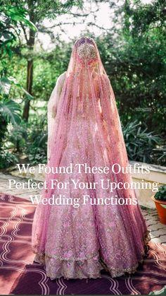 Indian Bridal Lehenga, Indian Bridal Outfits, Indian Bridal Fashion, Indian Fashion Dresses, Couple Wedding Dress, Desi Wedding Dresses, Bridal Dresses, Bridal Looks, Bridal Style