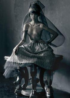 Queen Henriett schön magazine Zoltan Tombor - Photographer Henriett Barabas - Model