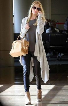 rosie-huntington-whiteley-tricot-street-style