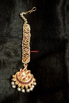 Rajput Jewellery, Mughal Jewelry, Indian Jewelry, Antique Jewelry, Vintage Jewellery, Silver Jewellery, Antique Gold, Tika Jewelry, Cute Jewelry